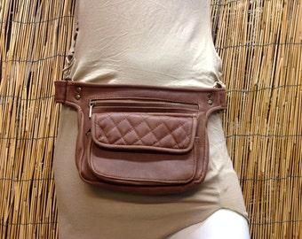 Fanny Pack hip shoulder Hip Bag bag of travel bag of skin leather / color camel / strap adjustable / made by hand / Unisex