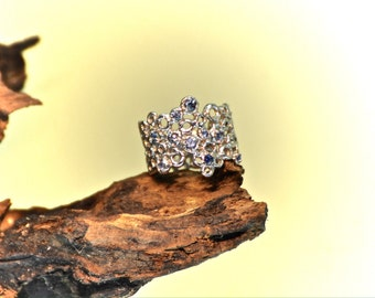 Sterling silver ring with natural blue sapphires, US 7,5