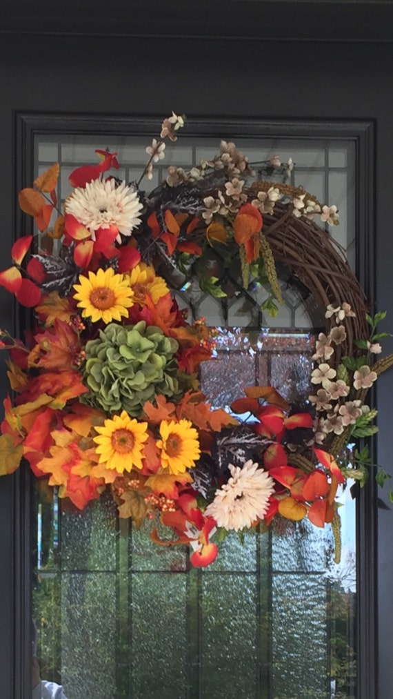 Fall wreath, autumn colors, front door wreath