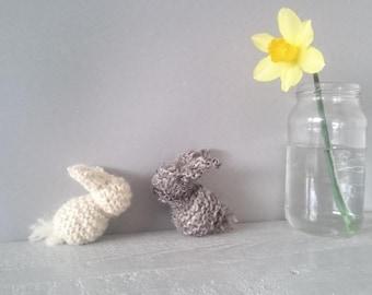 British Hand spun wool knitting kit - bunny knitting pattern - pure wool knitting kit - chemical free wool- local wool - eco friendly knit