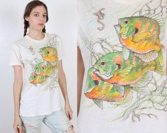 70s Painted T Shirt Tropical Fish // Vintage 1970s Tee Retro Top Mens Womens - Medium