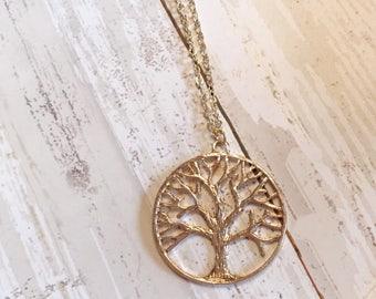 Tree of life - Tree necklace - Tree of life pendant - Tree pendant - Gold pendant - Gold necklace - Pendant necklace - Tree of life necklace