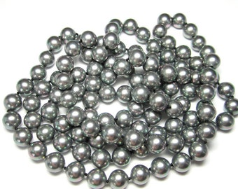 Faux Black/Gray Knotted Pearl Necklace