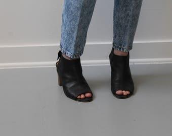 Peep Toe Vintage Black Heels Size 6