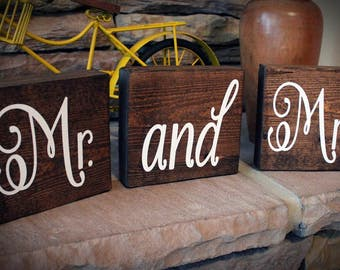 Mr and Mrs Sign, Mr and Mrs Blocks, Sweetheart Table Signs, Rustic Wedding Signs, Wooden Wedding Signs, Mr and Mrs, Bridal Shower Gift
