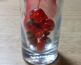 Red leaf bottle