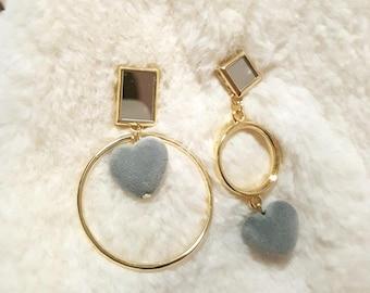 Gorgeous Geometric Mirror Earrings with Heart shape ball