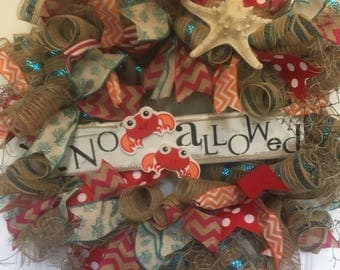 No crabs allowed beach wreath