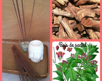 Wood incense scent of sandalwood in stick to natural essential oils - cover of 20 sticks