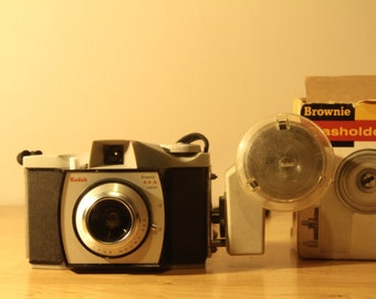 Kodak Brownie 44A (Early model) film camera + Case and Flashholder 5 with box
