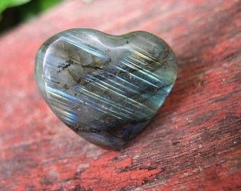 Labradorite heart specimen for collection or jewelry, L2