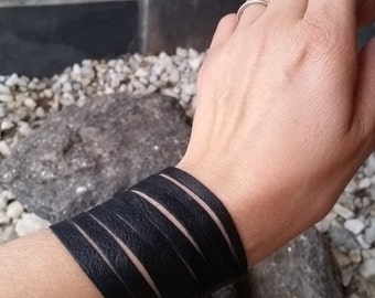 Leather Black Staps Cuff/Bracelet