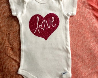 Love heart baby onesie!