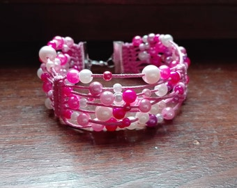 Women's bracelet with pearls, beaded macramé. Available in various colors