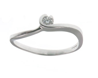 Ring 18-9 14-kt white gold. 1 ct Diamond Solitaire-G VS. 0.05-White gold ring solitaire