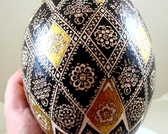 easter egg, ostrich egg, pysanka, hand decorated, pysanky, unique gift, easter ostrich egg , Golden egg ,carved eeg