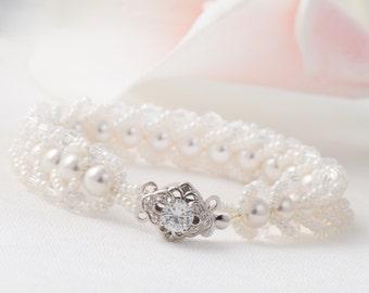 Bridal Bracelet Wedding Bracelet Pearl Bracelet Seed Bead Bracelet Wedding Bracelet White Bead Bracelet