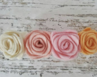 Large hair clip with romantic roses in pastel