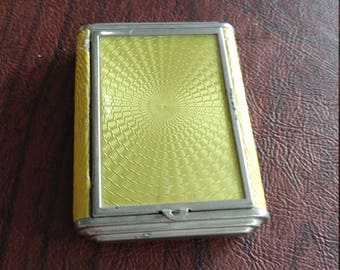 Vintage Zell Yellow Guilloche and Faux Leather Powder and Rouge Compact
