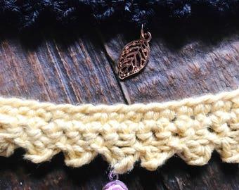 Crochet choker necklace w/ charm