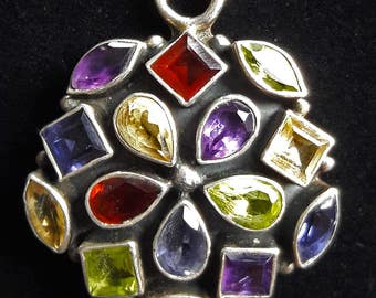 Beautiful vintage citrine peridot amethyst garnet gems set in silver necklace pendant