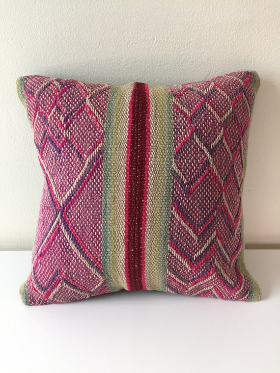 Peruvian Hand-Woven Pillow | NINE