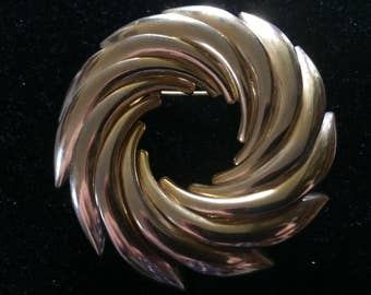 Vintage Large Gold Tone Swirl Brooch