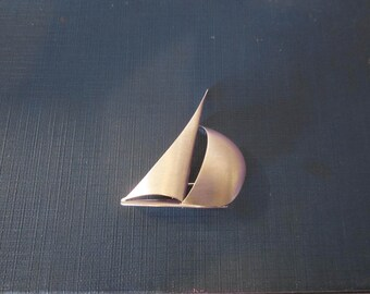 Sterling Sailboat Pin BEAU signed