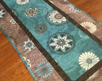 Teal and Gray Quilted Table Runner, Quilted Table Runner, Modern Table Runner, Teal Kitchen Decor, Teal and Gray, Table Runner Quilt