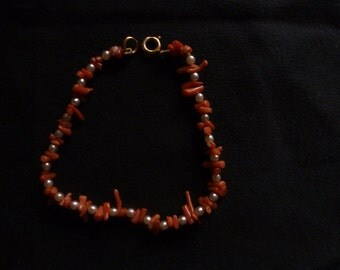 Coral and seed pearl bracelet