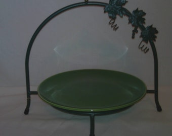 Vintage Buffet Plate Stand With Universal Ballerina Jade Plate Cake Plate