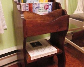 Magazine rack, mail organizer woodworking plan.