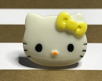 Handmade Resin Yellow Kawaii Hello Kitty Ring (Small)