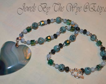 Layers of The Hart Slice agate swarovski crystals ash beaded neclace