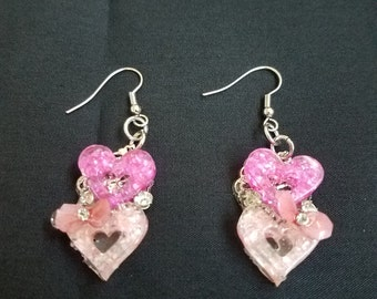 Dark & Light Pink Heart Dangle Earrings//birthday//gift//anniversaries//date//gift for girls//heart