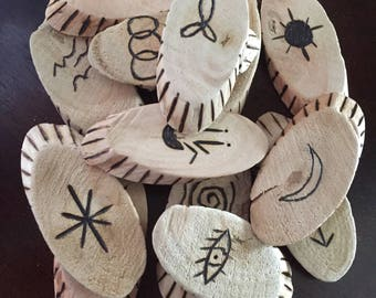 Witches runes, set of 13 ~ Witchcraft ~ Wicca ~ Pagan ~ Divination.