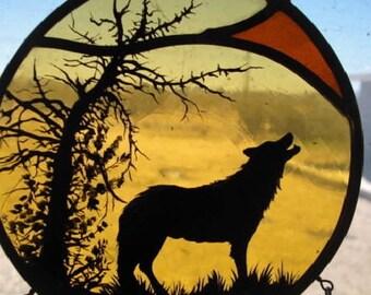 SUNSET - Wolf Dream Catcher, stained glass design, glass painting, Wolf Art, sun catcher, home decor