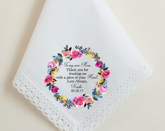 Wedding Handkerchief, Mother in Law, Mom of Groom, Thank you for trusting me with a piece of your heart, To my new Mom,  Printed Hankie, 73