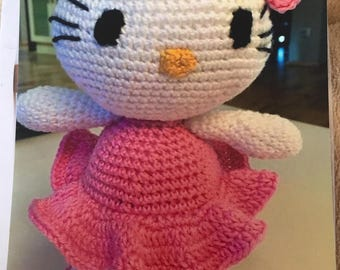 Hello Kitty pink crocheted