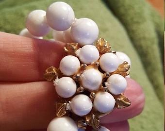 Vintage costume pearl necklace..3 strands