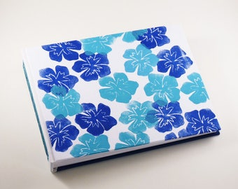 Photo album, landscape format, hand-printed fabric, hand-stitched, flower, white, blue,