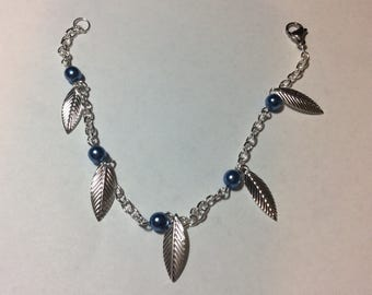 "Bracelet for women ""the sheet and its rebirth pearls azure blue"""