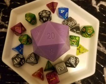 Critical Role Inspired D20 Soaps! Character Inspired Scents With Mystery Die Inside!