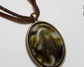 PNW moss necklace (large)