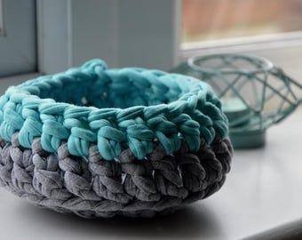 Small Crochet Basket Mint and Grey, Crochet Bowl, Small Storage, Trinket Basket, Key Holder Basket
