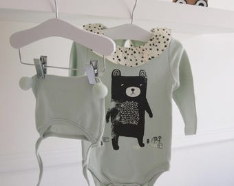 Bear Bodysuit & PomPom Hat Set. Mini Dressing in Mint Green for Babies Age 12-18 Months Long Sleeve Onesie with Frill Collar.