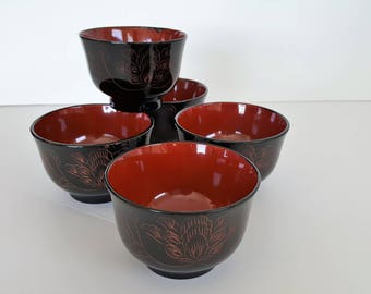 """Sale! Vintage Japanese Lacquer-ware """"Urishi"""" Bowls Set of Five Black and Red"""