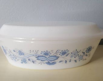 Vintage Milk Glass Cassorol Dish with Lid.