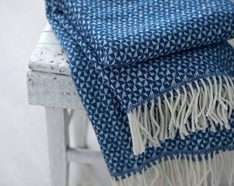 Wool Throw blanket, Diamond Sofa throw, Blue blanket,  Wool blanket, Bedspread Throws for sofa, Throw blanket