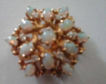 Vintage  14k y/gold opal and diamond brooch/ppendant